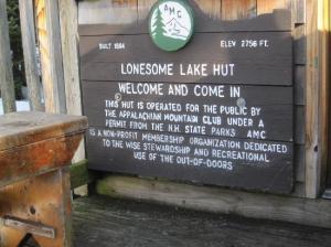 lonesome-lake-hut